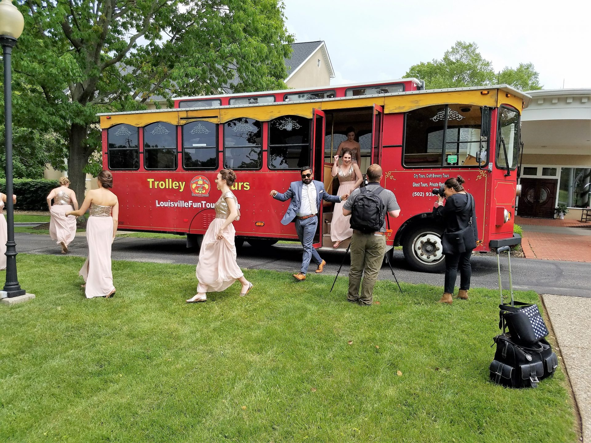 Trolley Weddings!